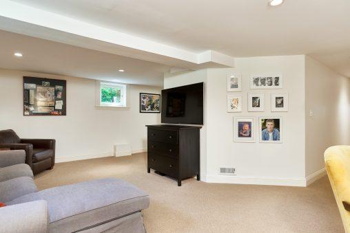 2638 NE 10th Ave Portland OR-print-037-24-Family Room-4200x2804-300dpi
