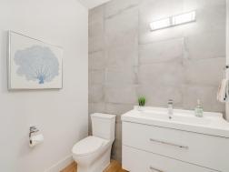 6720 NE 13th Ave Portland OR-MLS_Size-017-41-Bathroom-1920x1440-72dpi