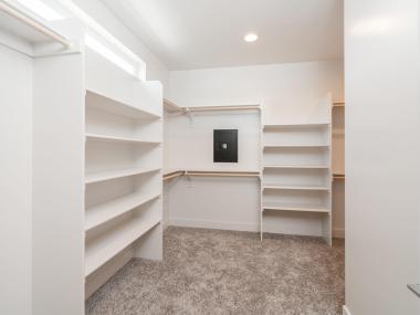6720 NE 13th Ave Portland OR-MLS_Size-025-30-Walkin Closet-1920x1440-72dpi