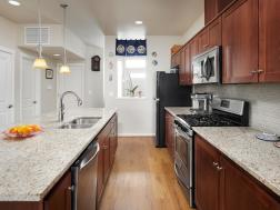 7913 Northeast Caitlin Street-MLS_Size-006-19-Kitchen-1920x1440-72dpi