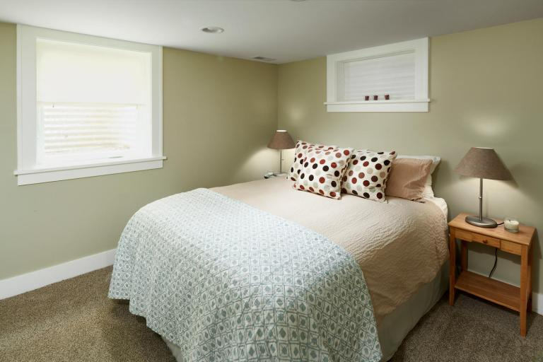 Basement bedroom carpeted lower level Portland Oregon home for sale