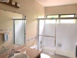 bathroom condo for sale portland oregon susie hunt moran realtor