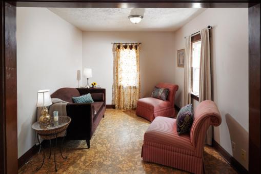 6315 SE 62nd Ave Portland OR-large-006-14-Living Room-1500x1000-72dpi