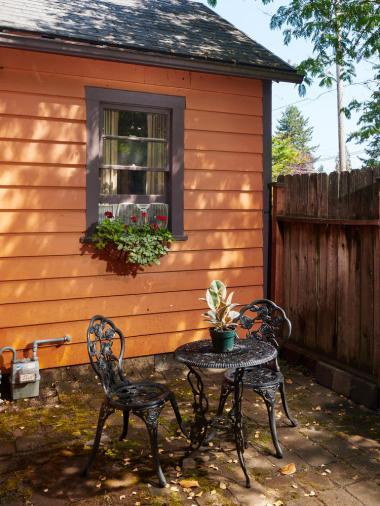 6315 SE 62nd Ave Portland OR-large-021-6-Side Yard-750x1000-72dpi