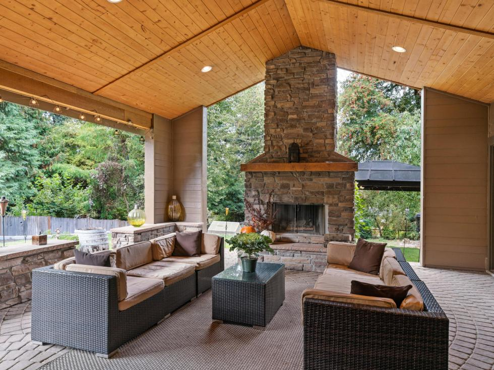 outdoor fireplace patio vaulted ceilings tigard home for sale