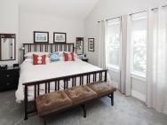 1925 SE 76th Ave Portland OR-010-21-Master Bedroom-MLS_Size