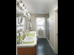 1925 SE 76th Ave Portland OR-014-1-Master Bedroom Ensuite-MLS_Size