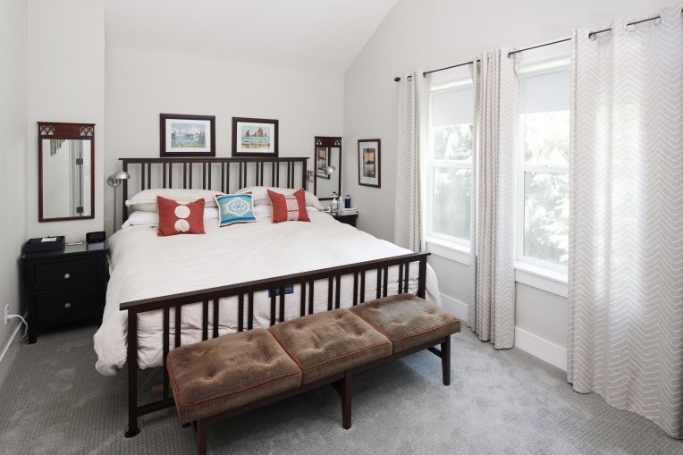 1925 SE 76th Ave Portland OR-print-010-21-Master Bedroom-4200x2800-300dpi