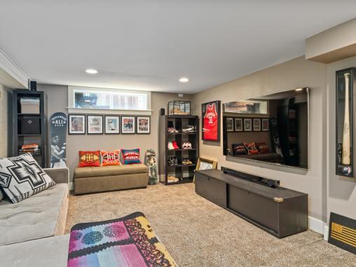 2604 NE 36th Ave Portland OR-033-14-Family Room-MLS_Size