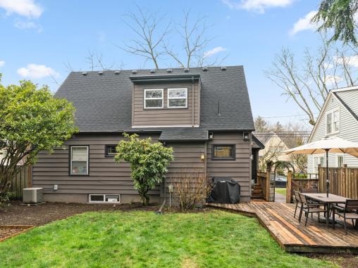 2604 NE 36th Ave Portland OR-037-29-Back Yard-MLS_Size