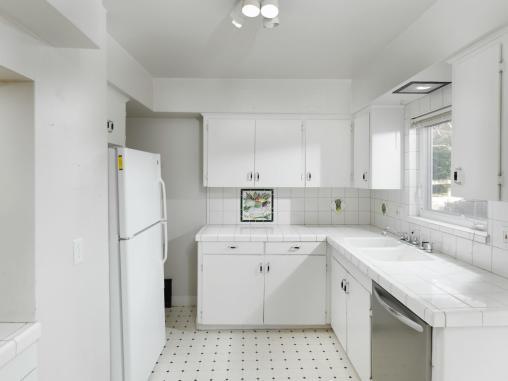 3815 NE Alameda St Portland OR-011-11-Kitchen-MLS_Size