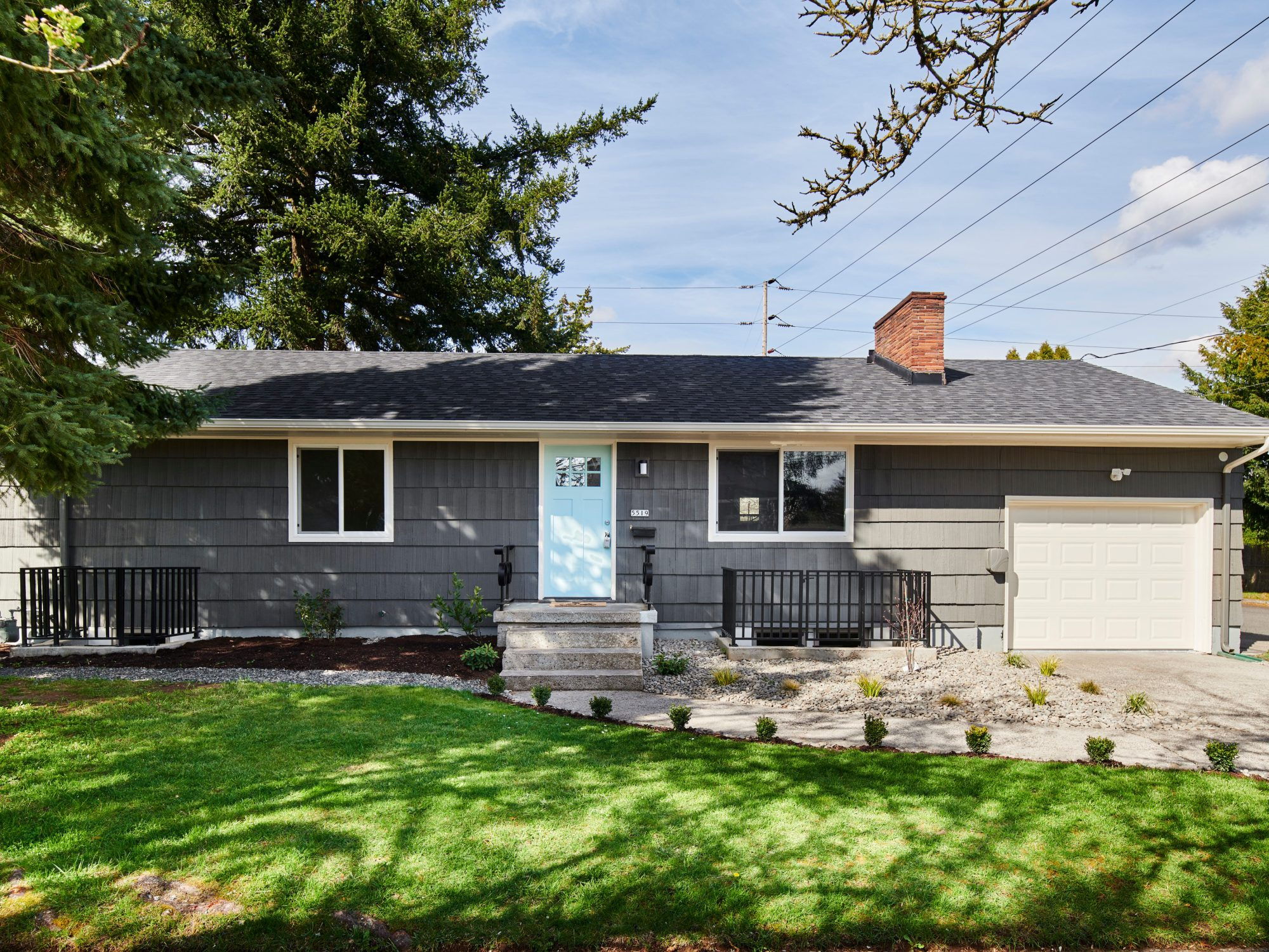 Midcentury home exterior SE Portland