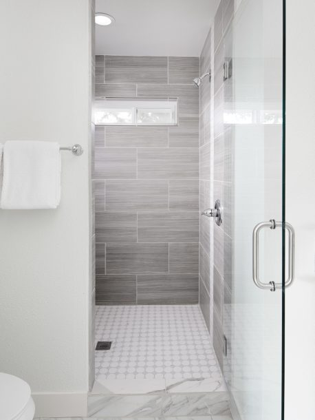 5519 SE Pardee St Portland OR-print-015-5-Master Bedroom Ensuite-3150x4200-300dpi