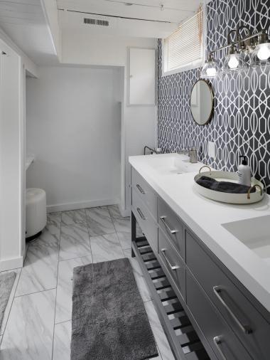 6141 Southwood Dr Portland OR-022-001-Lower Level Bathroom-MLS_Size